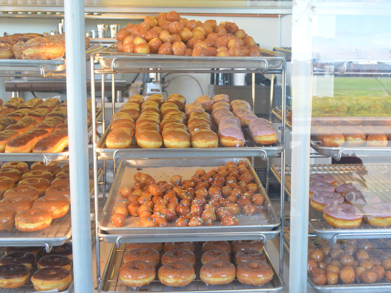 Natomas Donuts Display
